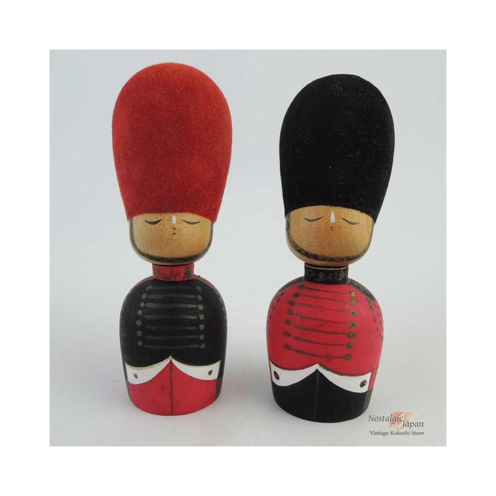 Mini Kokeshi - Set of 2 Dolls