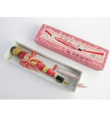 Poupée japonaise kokeshi unique - stylo plume