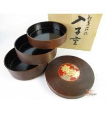 Boite vintage japonaise vernis en bois